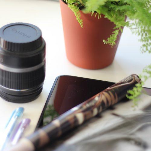 camera, lens, magazine